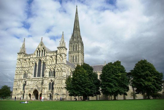 Roots Travel & Tours: Salisbury Cathedral