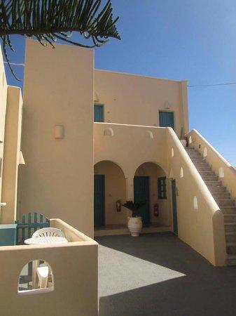 Evgenia Villas & Suites: habitaciones con balcón con vista al este de la isla