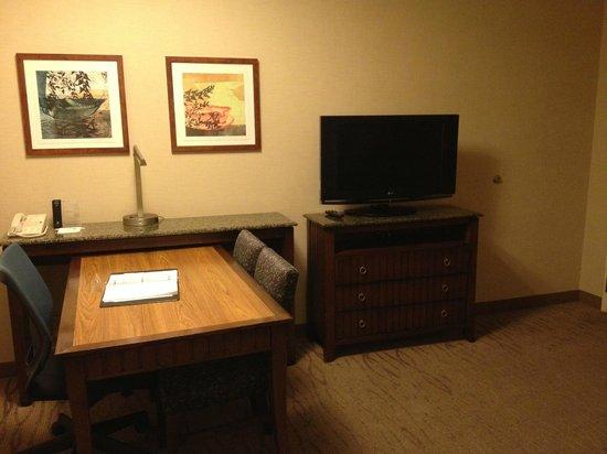 Embassy Suites by Hilton San Diego - La Jolla: リビング