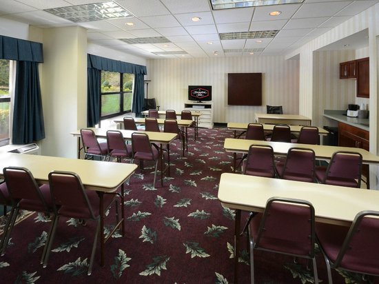 Hampton Inn Martinsville: Meeting Room