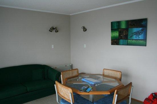 Ala-Moana Motel: Lounge