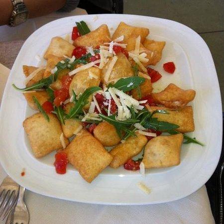 Le Bonta del Capo : zeppole di pasta fritta