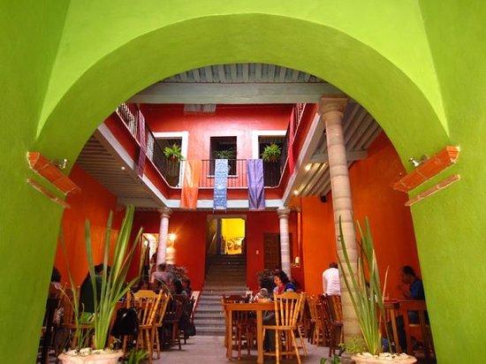 Centro Bharati: Entrance