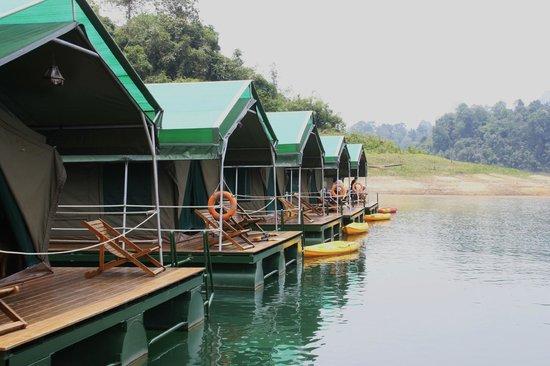 Elephant Hills Tented Camp: Rainforest Floating Camp