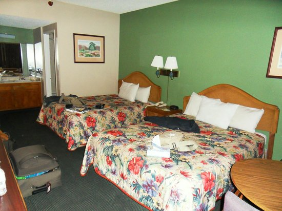Days Inn Ontario Airport: Zimmer