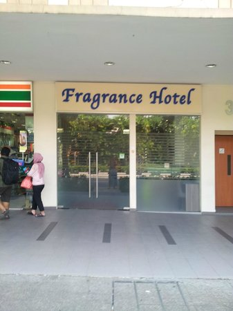 Fragrance Hotel - Bugis: Outside view