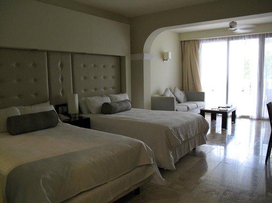 Grand Sunset Princess All Suites Resort: platinum room