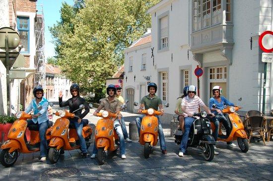 Vespa Tours Brugge