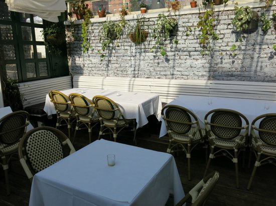 bobo: garden terrace