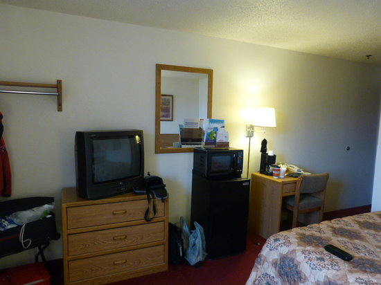 Quality Inn & Suites: Nice Room