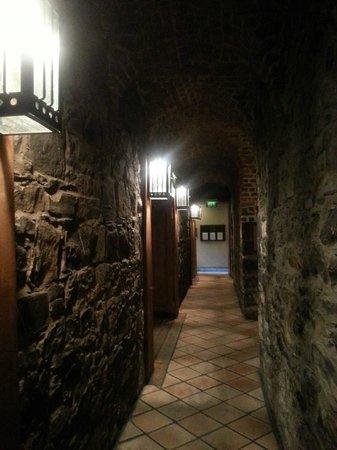 The Cellar Bar: bar entrance