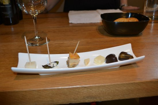 Fabbioli Cellars: food paired with tasting