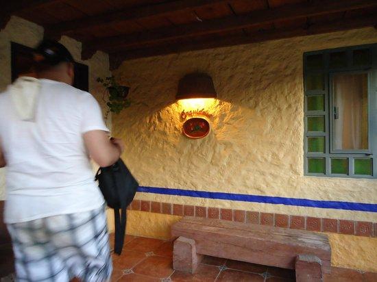 Hotel Bosques del Sol suites: terraza