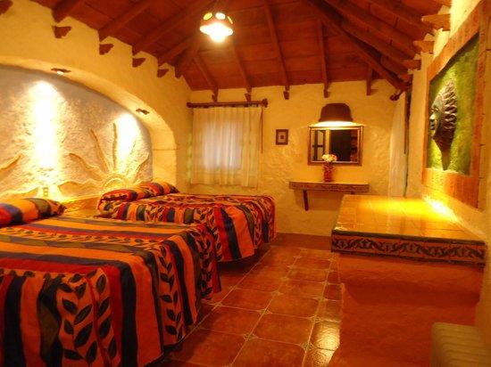 Hotel Bosques del Sol suites: habitacion