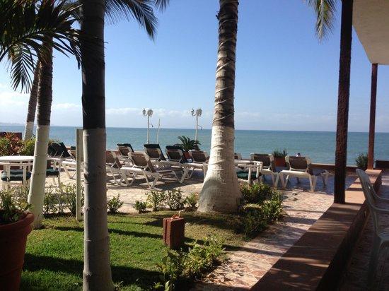 Suites Atlas Beach