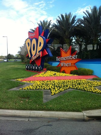 Disney's Pop Century Resort: Pop Century