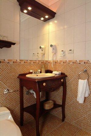 Casa Aliso: Bathroom
