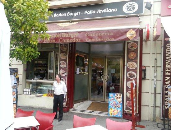 Boston Burguer: Puerta del Restaurante