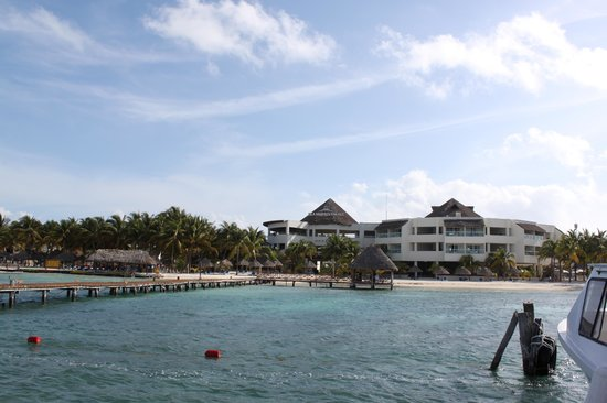 Isla Mujeres Palace: Complete Hotel view