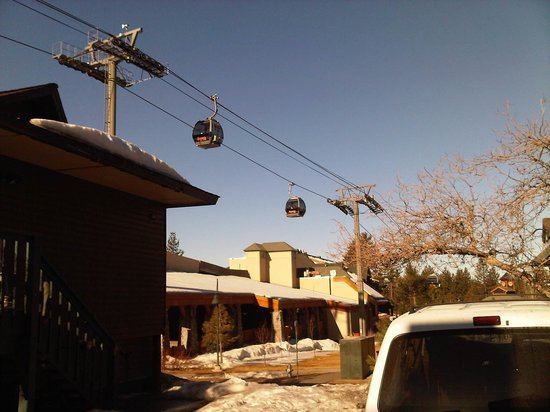 Forest Suites Resort at Heavenly Village: Cable car nearby