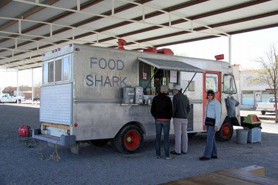 Food Shark: Food truck chic!