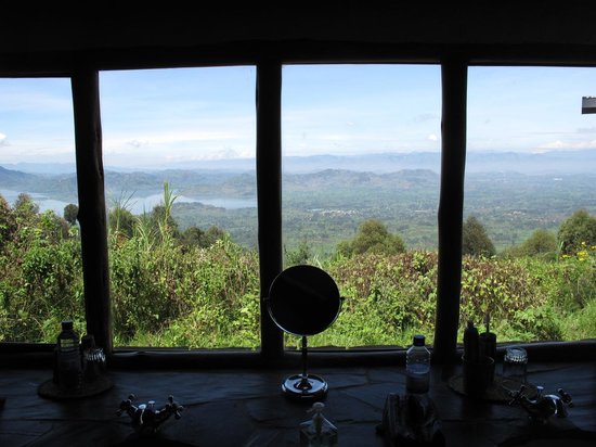 Virunga Lodge: View from the bathroom of Bunyonyi