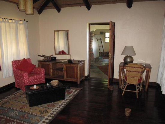 Virunga Lodge: Room Bunyonyi