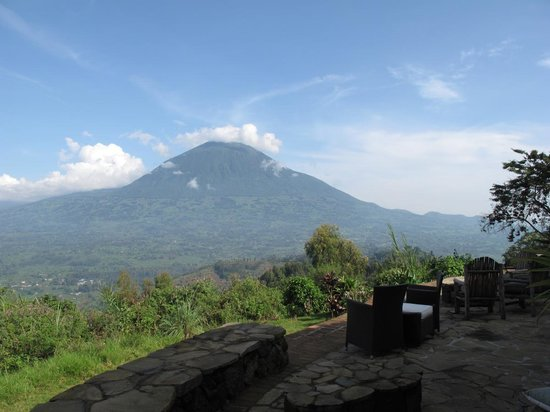 Virunga Lodge: Terrace