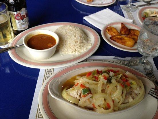 Tino's Restaurant: delicious