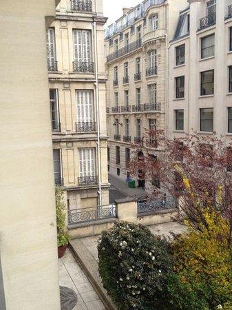 Adagio Paris Haussmann Champs-Elysees: vue