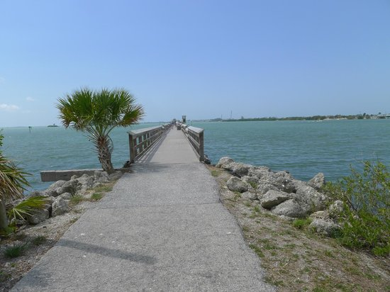 Rotonda West, FL: pier at south end of cape haze trail