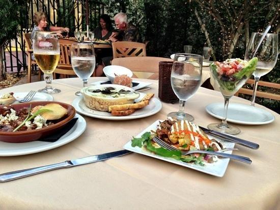Twisted Vine Bistro: Appetizer assortment