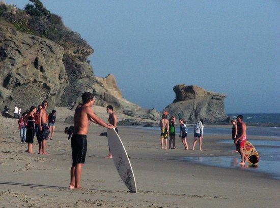 Aliso Beach Park : Enjoy skim boards, swimming or surfing.