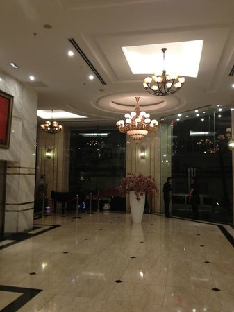 Nhat Ha3: Reception Lobby
