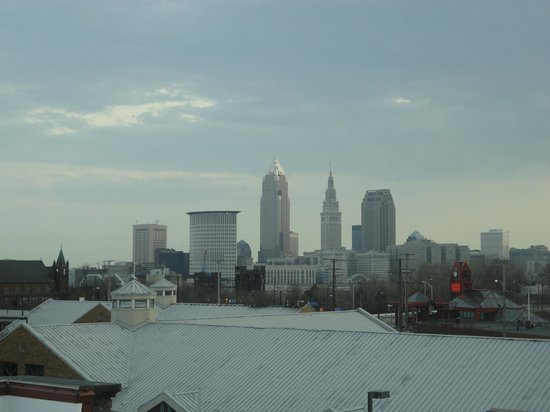 The Cleveland Hostel: Good skyline