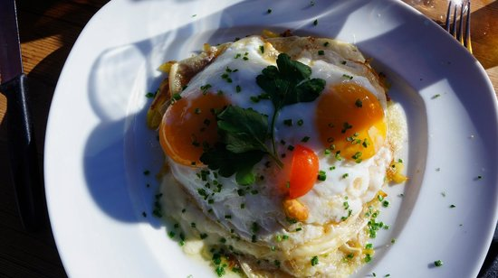Findlerhof : Rosti, eggs...what more could you ask for!