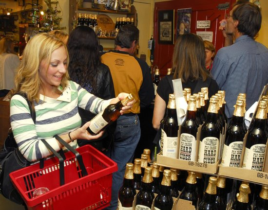 Fly Creek Cider Mill & Orchard: Sample Hard Ciders and Apple Wines