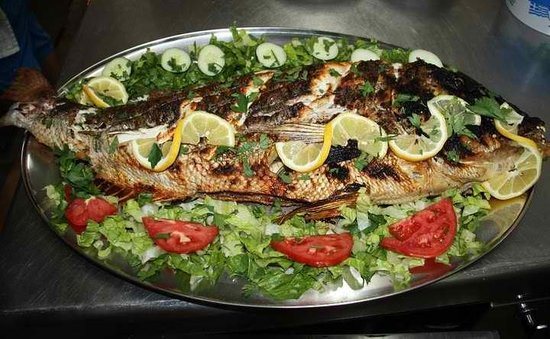 Fisilanis Restaurant: it's time to eat a big fish...