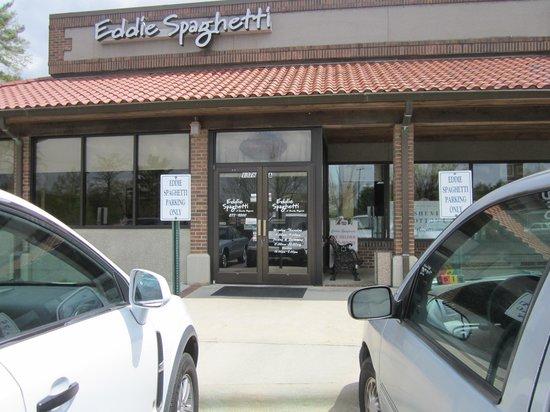 Eddie Spaghetti: Entrance