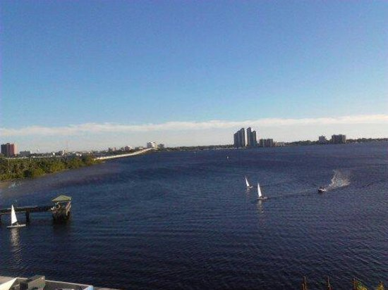 BEST WESTERN Fort Myers Waterfront: what a view