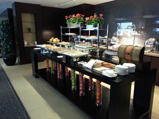 InterContinental Beijing Financial Street: Club Lounge - Breakfast