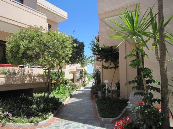 Oscar Suites & Village: Oscar Suites - internal view