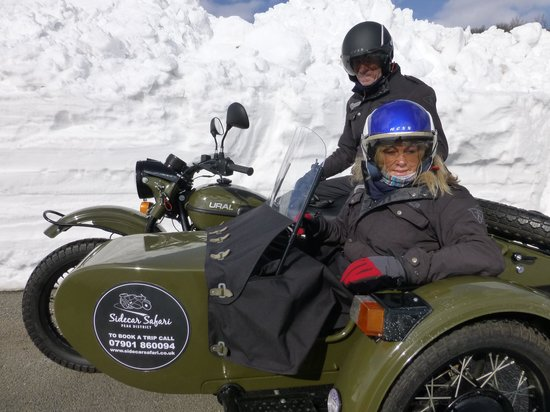 Sidecar Safari Peak District- Day Tours: Up in the snow