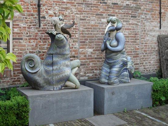 Museum Flehite: Expositie moderne beelden .
