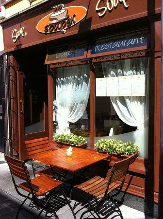 Souper Cafe & Restaurant: exterior