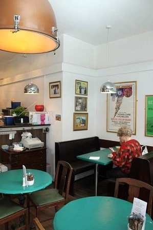 The Rendezvous Cafe: check out the kettle drum !