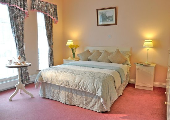 Carrigane House Bed and Breakfast : Double Bedroom