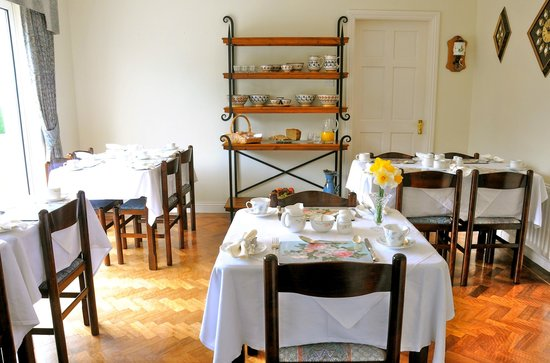 Carrigane House Bed and Breakfast : Dining room