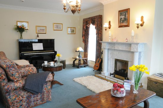 Carrigane House Bed and Breakfast : Lounge
