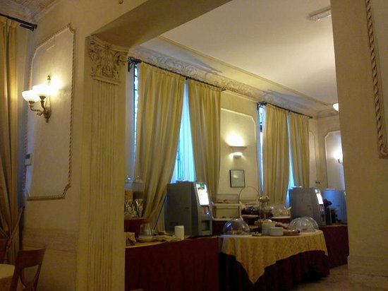 Villa Rosa Hotel: comedor